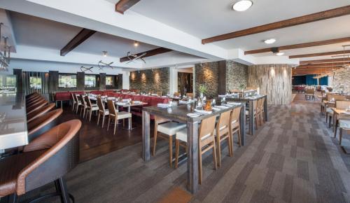 esterel-restaurant-bar-260