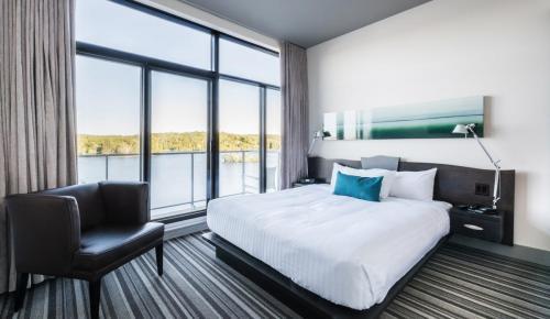 esterel-suite-1517-chambre-lac
