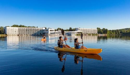 ete-2018-lac-kayak-couples
