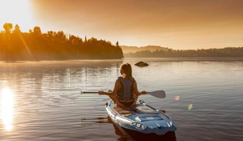 ete-2018-lac-paddle-fille